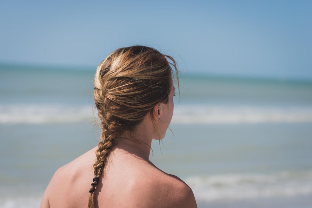 Alimentos que regeneran los daños causados por el sol y la playa