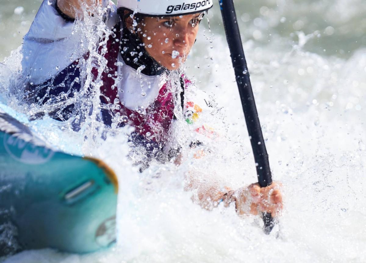 Tento es patrocinador oficial de la piragüista española Júlia Cuchí